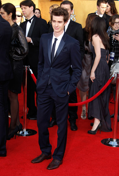 Harry Shum, Andrew Garfield in Burberry Prorsum , Justin Timberlake in